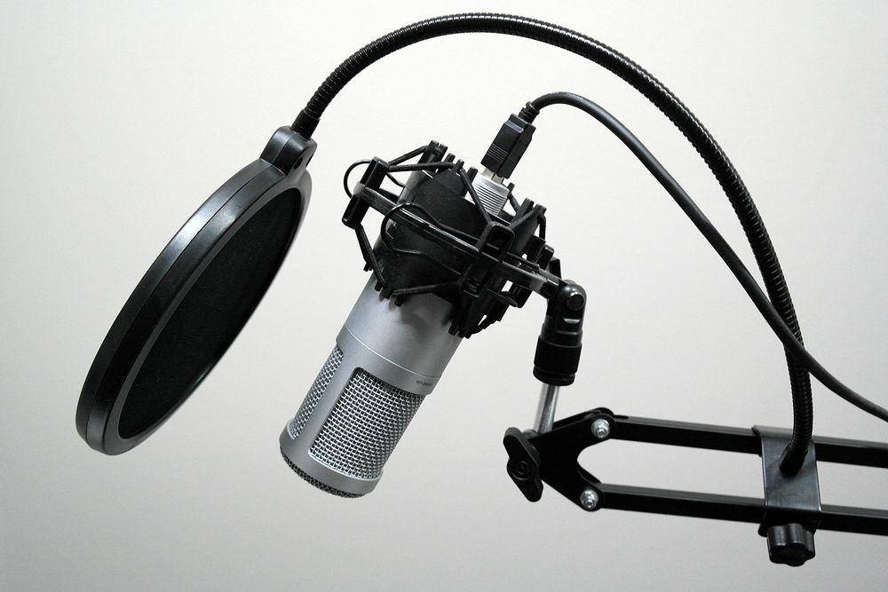 声優養成所に通う期間はどのくらい?