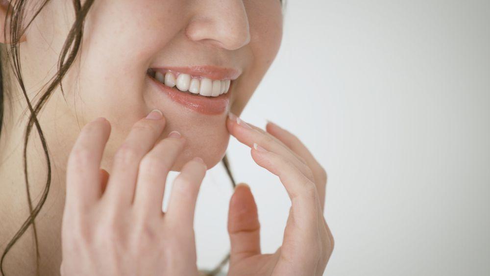 声優になるためには歯並びを良くするべきなの?